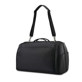 Samsonite Encompass Convertible Weekender in the color Black.