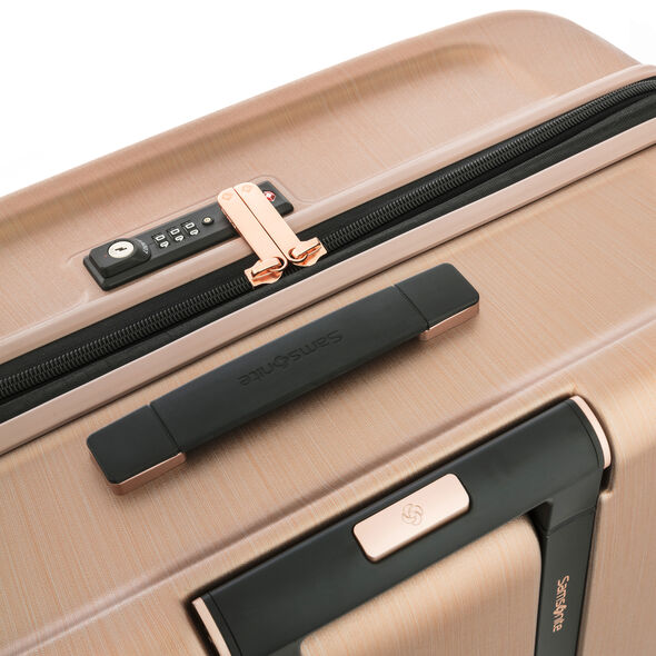 Samsonite Evoa Spinner Large in the color Rose Gold.