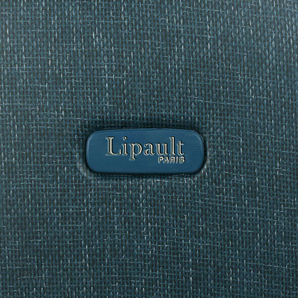 Lipault Chic & Plume Spinner 75/28 in the color Duck Blue.