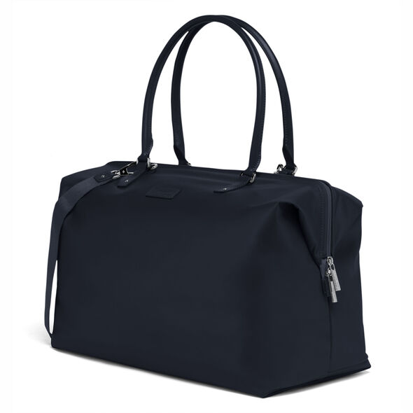 Lipault Lady Plume FL Weekend Bag M in the color Navy.