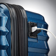 Samsonite Ziplite 4 Spinner Underseater in the color Lagoon.