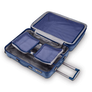 Samsonite On Air 3 Spinner Medium in the color Navy.
