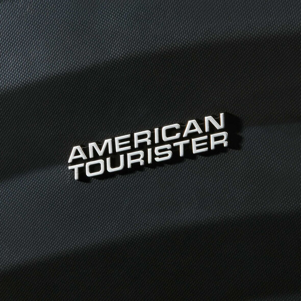 American Tourister Oceanfront Spinner Medium in the color Onyx Black.