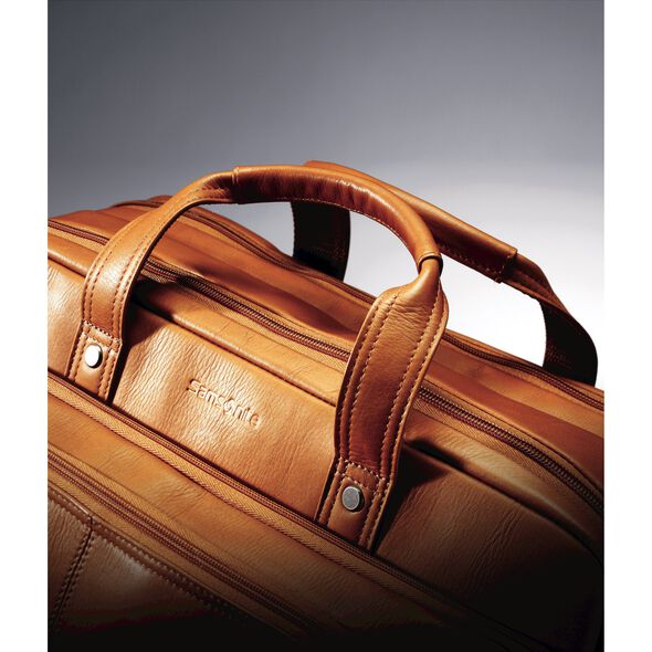Samsonite Columbian Leather 2 Pocket Business Case in the color Tan.