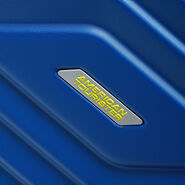 American Tourister Air Force 1 Spinner Medium in the color Insignia Blue.