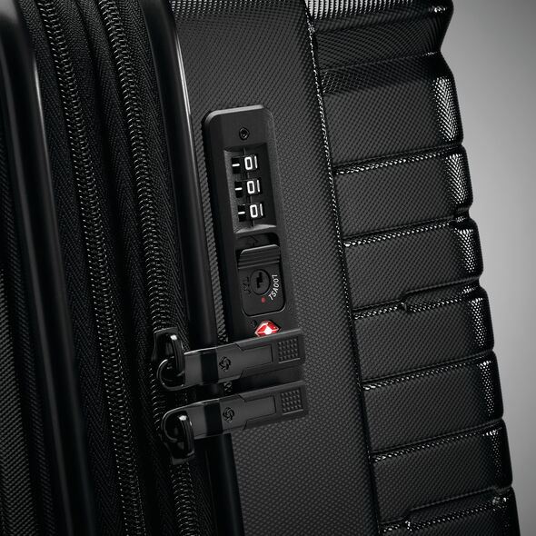 Samsonite Silhouette 16 Spinner Large in the color Obsidian Black.