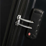 American Tourister Oceanfront Spinner Large in the color Onyx Black.