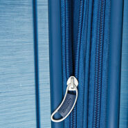 American Tourister Edge Spinner Carry-On in the color Midnight Navy.