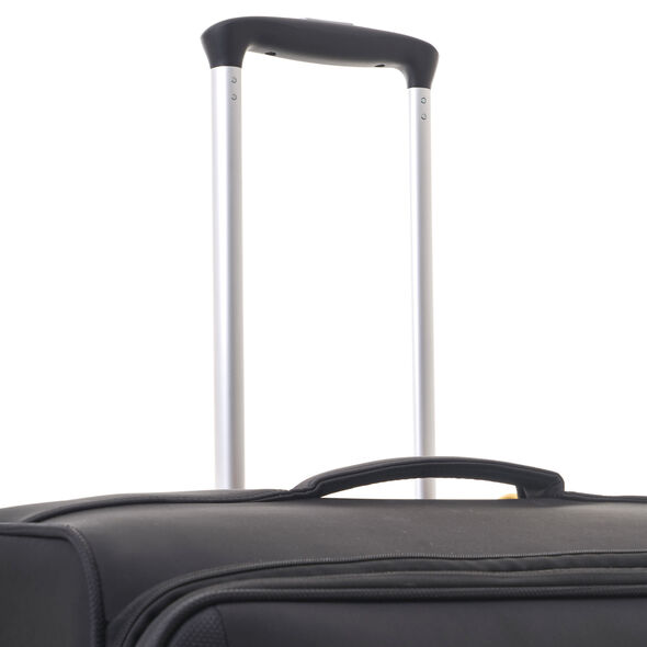 Samsonite Crosslite Spinner Medium in the color Black.