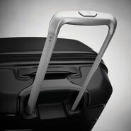 Samsonite Freeform Spinner Medium in the color Black.
