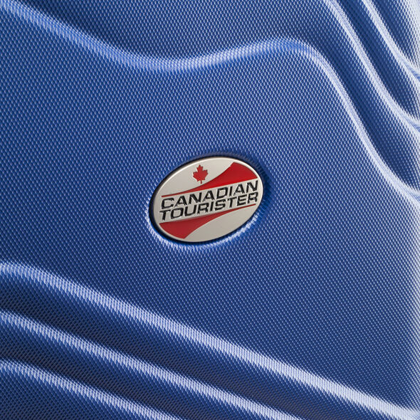 Canadian Shield Spinner Medium in the color Pacific Blue.
