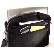 "Samsonite Classic 2 Laptop Shuttle - 15.6"" in the color Black."