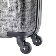Samsonite Winfield 3 Fashion Spinner Carry-On Widebody in the color Woven Silver/Black.