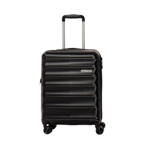 American Tourister Speedlink Spinner 3 Piece Set (CCO, Med, Lrg) in the color Black.